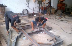 Proses Pembuatan Sasis Stone Crusher