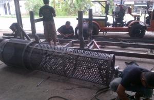 Proses Pengerjaan Pembuatan Screen atau Saringan Stone Crusher