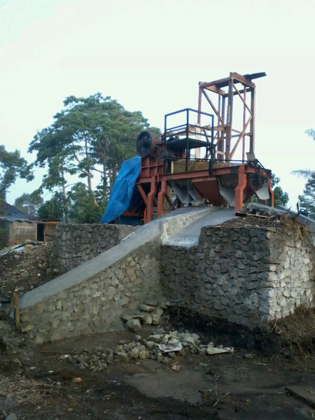 Instalasi Mesin Stone Crusher di Lokasi ...